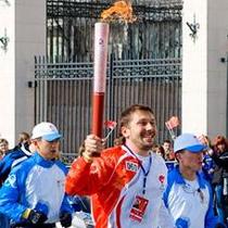 Олимпийский огонь выходит на финишную прямую