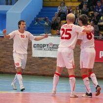 Мини-футбол: Локомотив впервые первый