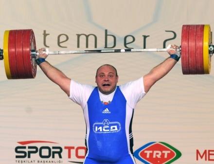 В сборную Украины по тяжелой атлетике вошли четыре харьковчанина