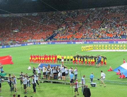 Евро-2012: Криштиану Роналду выводит Португалию вперед в матче с Голландией (ФОТО С МАТЧА)