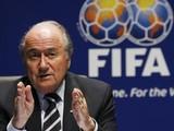 Президент ФИФА оправдывает бригаду арбитров матча Украина-Англия