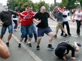 В Варшаве ждут новых стычек: из России едут сотни агрессивных фанатов