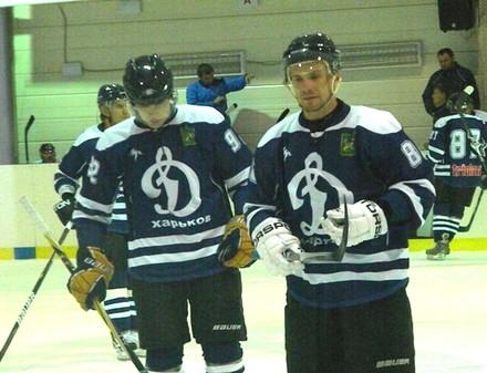 Динамо дважды уступило в Донецке