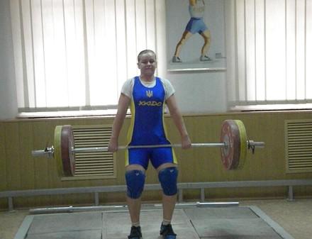 Юная харьковчанка завоевала серебро чемпионата мира по тяжелой атлетике