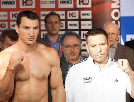 Кличко и Чагаев вновь встретились в ринге