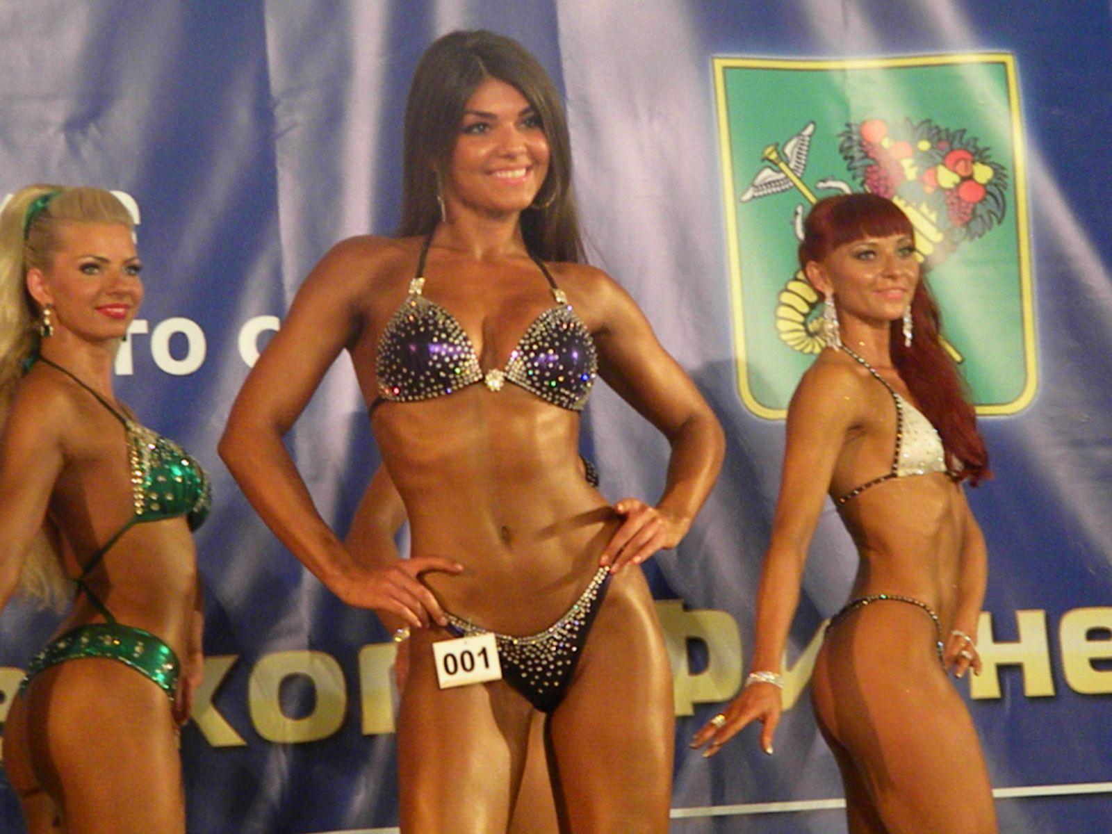 Спортсменки в бикини фото 31 фотография
