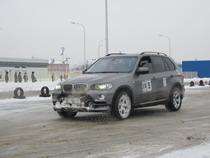 Харьковские автолюбители соревновались в фигурном катании