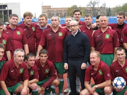 Харьковские депутаты обыграли львовян в футбол