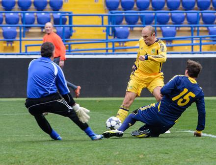 В футбол сыграли ветераны Металлиста