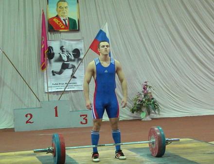 В Харьков едут сильнейшие тяжелоатлеты четырех стран