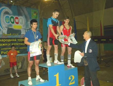 Харьков собрал сильнейших тяжелоатлетов страны