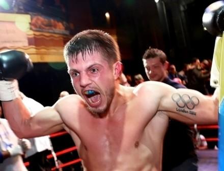 Хитров нокаутировал очередного соперника