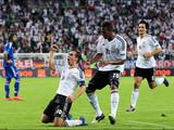 Франция и Германия прошли в четвертьфинал. Подробности