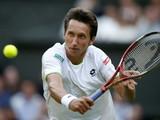 Украинский теннисист привез из США бронижелеты