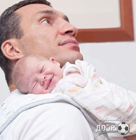 Новогодние фотографии семьи Владимира Кличко