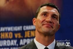 Кличко и Дженнингс впервые посмотрели друг другу в глаза (ФОТО)