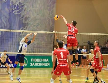 «Локомотив» пробился в четвертьфинал Кубка Вызова