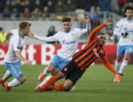 Донецкий «Шахтер» провел во Львове «валидольный» матч с «Шальке»