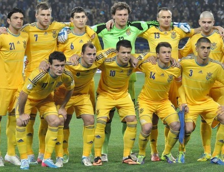Сборной Украины по футболу добавили еще три контрольных матча