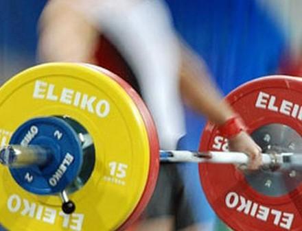 Харьковчанка установила три рекорда Украины в тяжелой атлетике