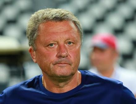 Маркевич пришел на матч «Волыни» и «Вереса» на костылях