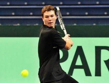 Харьковский теннисист привез победу из Египта
