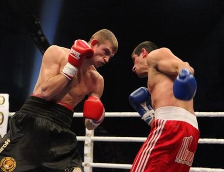 В Харьков приедет лучший боксер планеты