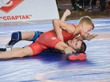 Юные борцы соревновались в Харькове за медали чемпионата страны