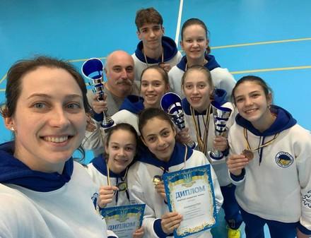 Харьковские бадминтонисты озолотились на чемпионате Украины