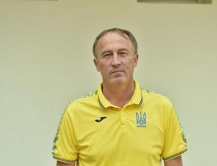 Новым главным тренером сборной Украины стал не Ребров